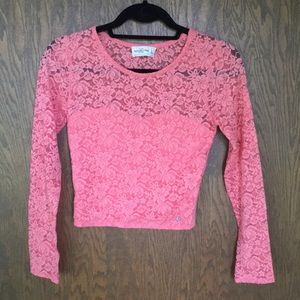 Abercrombie cropped lace top size S